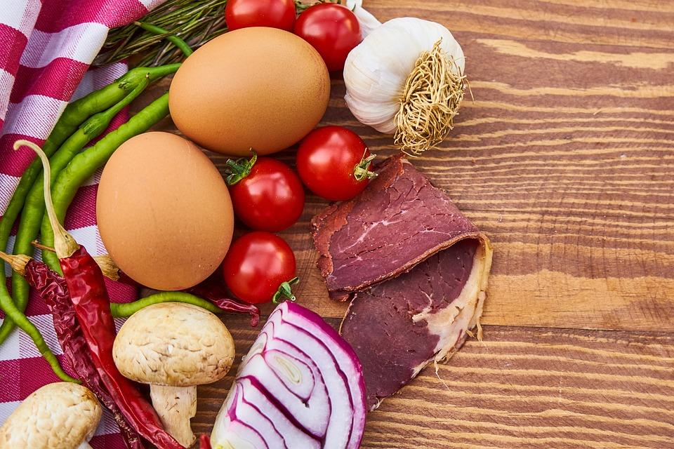 Le uova aumentano i benefici delle verdure