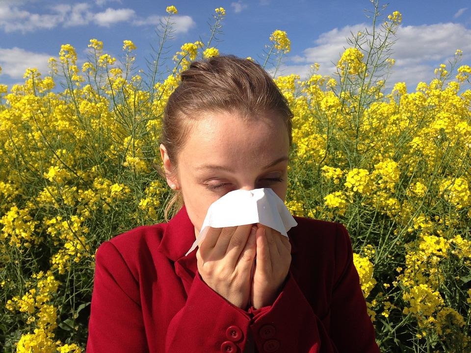 Primavera: approccio naturale alle allergie ai pollini